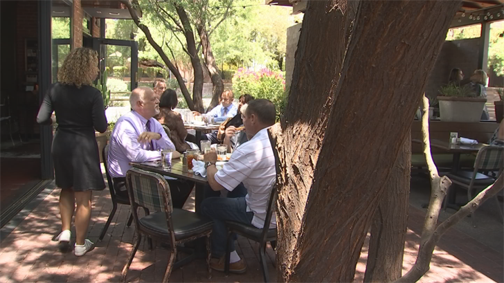 It was patio perfect conditions for those dining at Windsor. (Source: 3TV/CBS 5)
