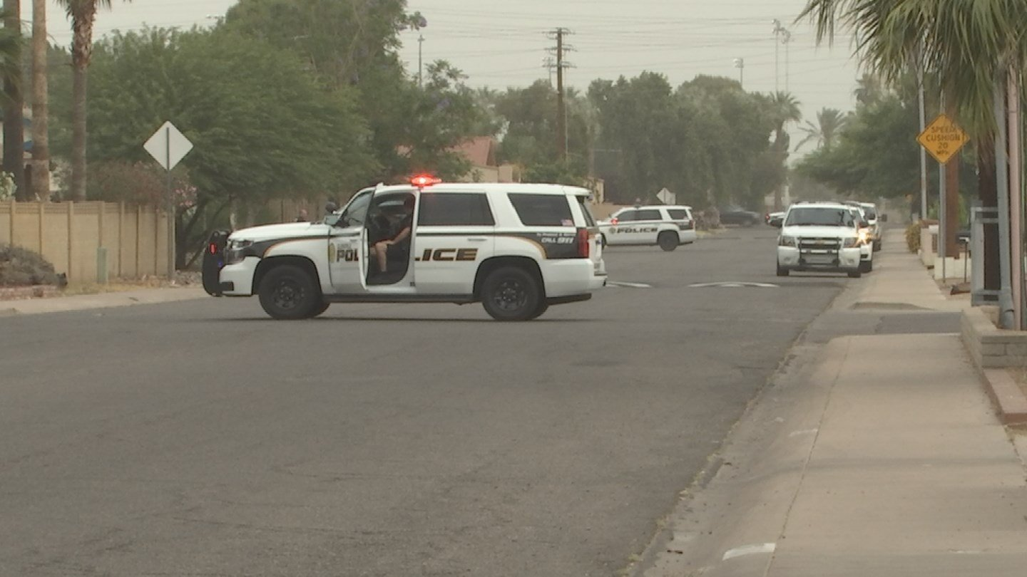 Police searched the Glendale neighborhood to find the suspects. (Source: 3TV/CBS 5)