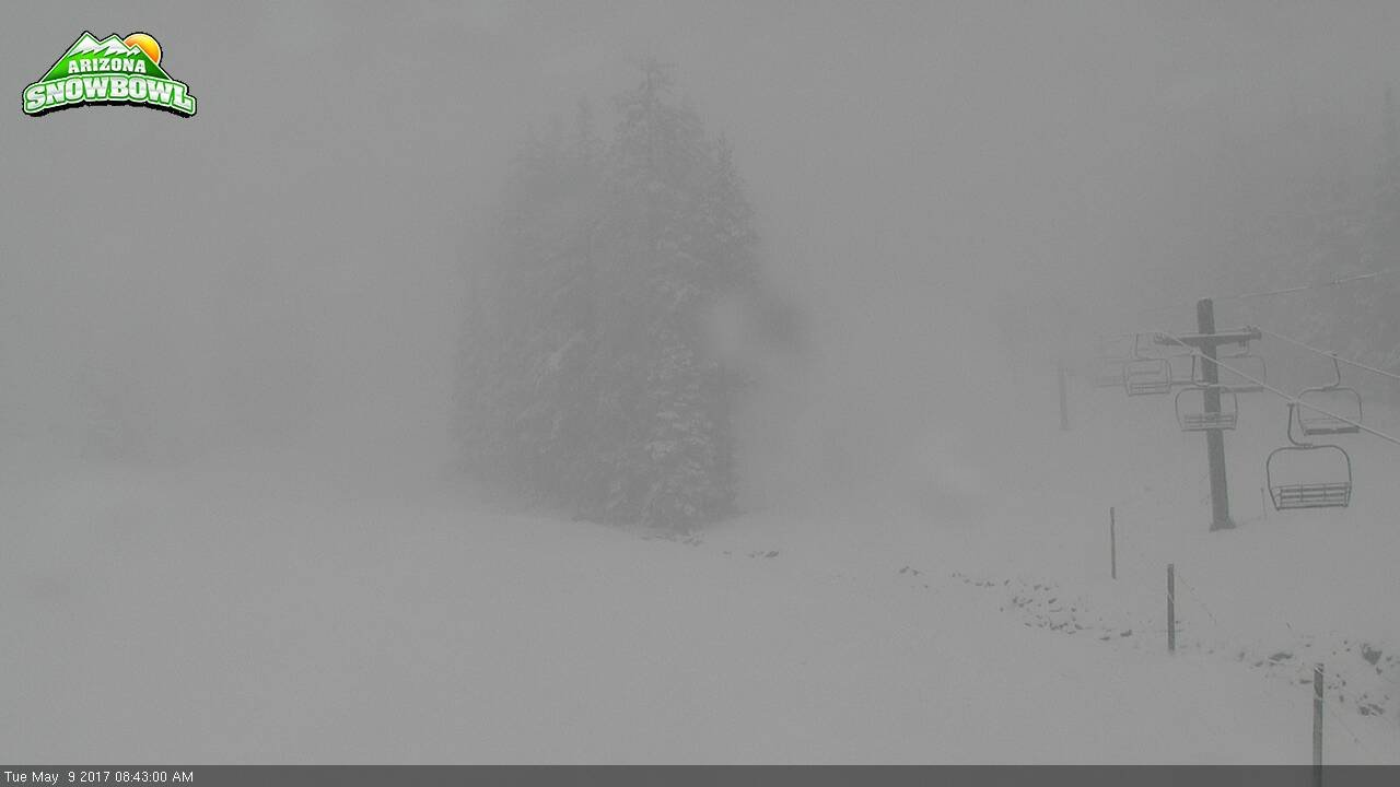 The Arizona Snowbowl webcam also showed footage of snow falling in their resort.(SOURCE: AZ Snowbowl)
