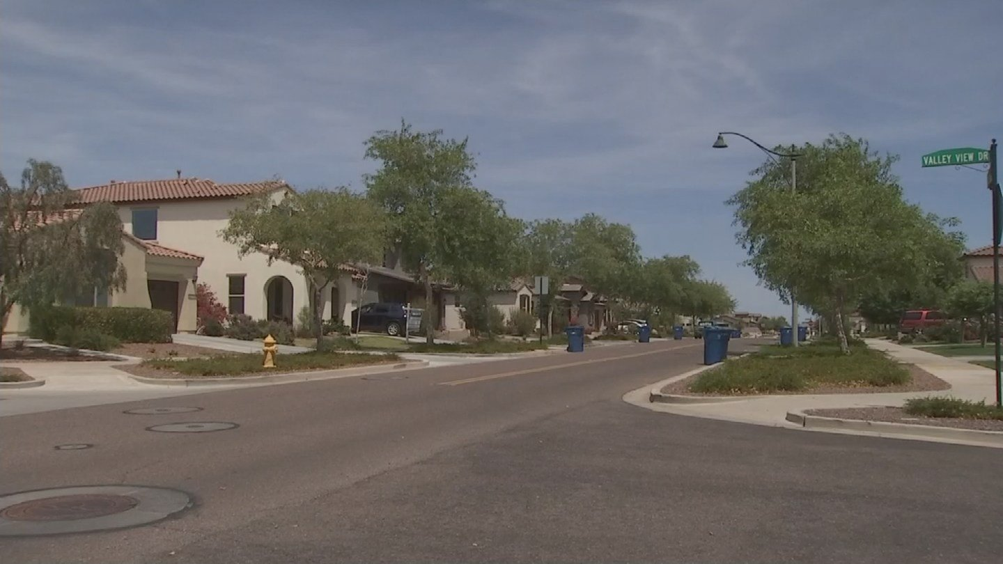 The community of Verrado.  (12 May 2017) [Source: 3TV/CBS5]