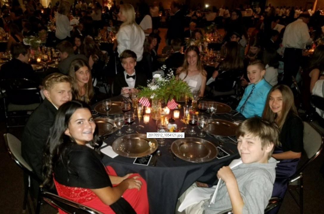 Desert Shadows Middle School White House dinner reenactment (Source: 3TV/CBS 5)
