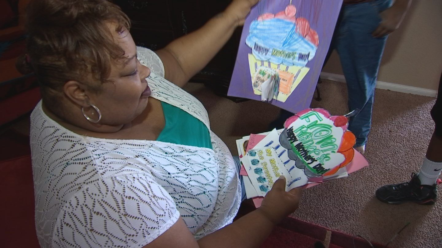 An Avondale mother recently took in six foster siblings, and now parents 11 children in total. (Source: 3TV/CBS 5)