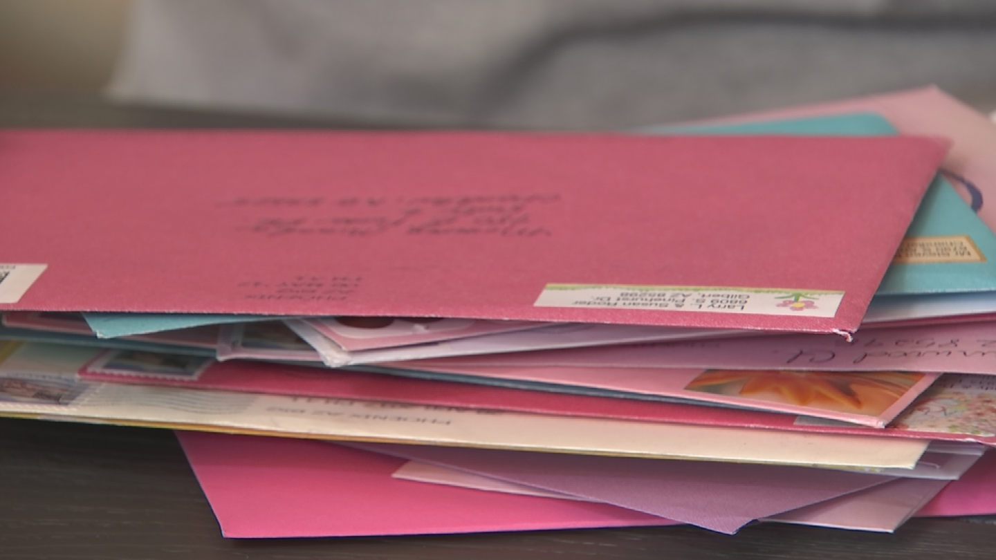 Diana Taylor asked people to send Mother's Day cards to her, to give to Miranda. (Source: 3TV/CBS 5)