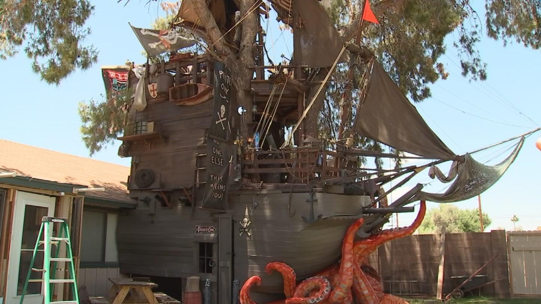 A Pirates of the Caribbean fan built a replica pirate ship in his backyard. (Source: Steven Hill)