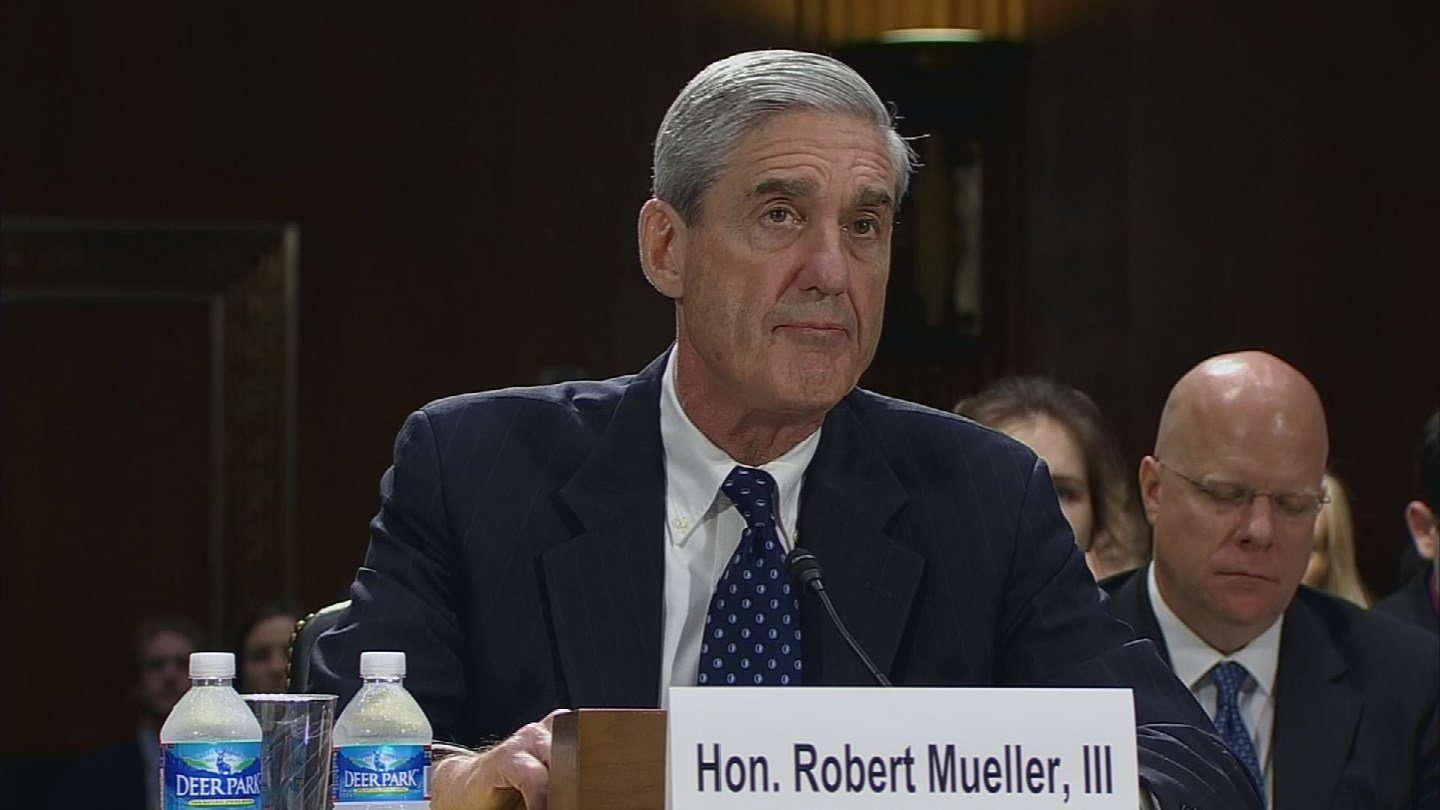 "An Arizona attorney called Robert Mueller ""the right person for this job"" after Mueller was tapped to lead the Russia investigation as special counsel. (Source: 3TV/CBS 5)"