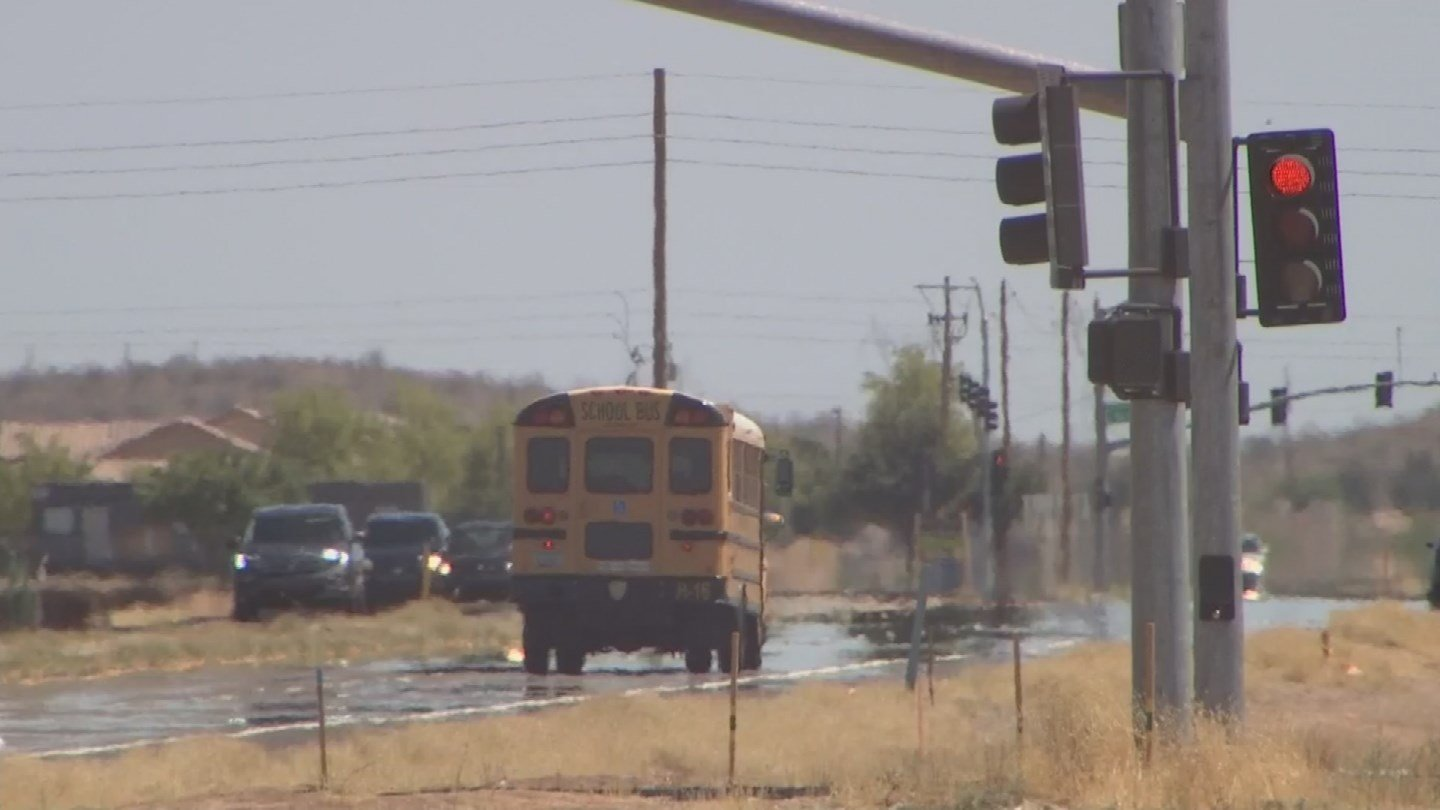 An argument on a school bus is getting a lot of attention on social media. (19 May 2017) [Source: 3TV/CBS 5 News]