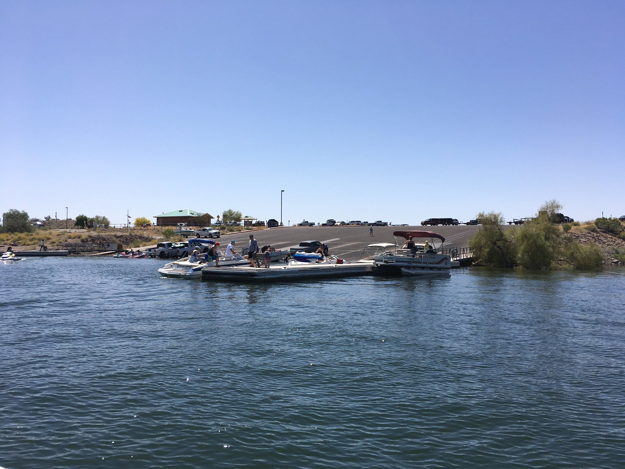 One of the most popular and crowded boat ramps at Lake Pleasant (Source: Ashlee DeMartino)