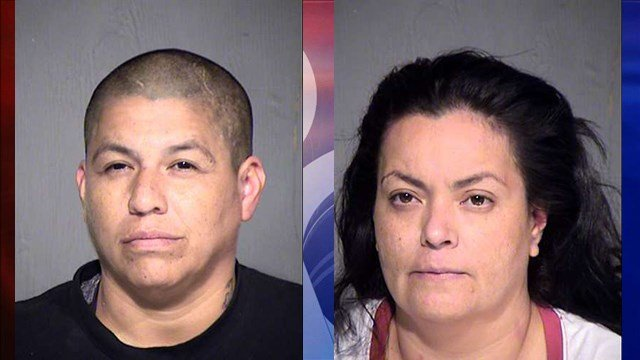 Lisa Navarro, left, and Carisa Aguilar, right. (Source: Maricopa County Sheriff's Office)