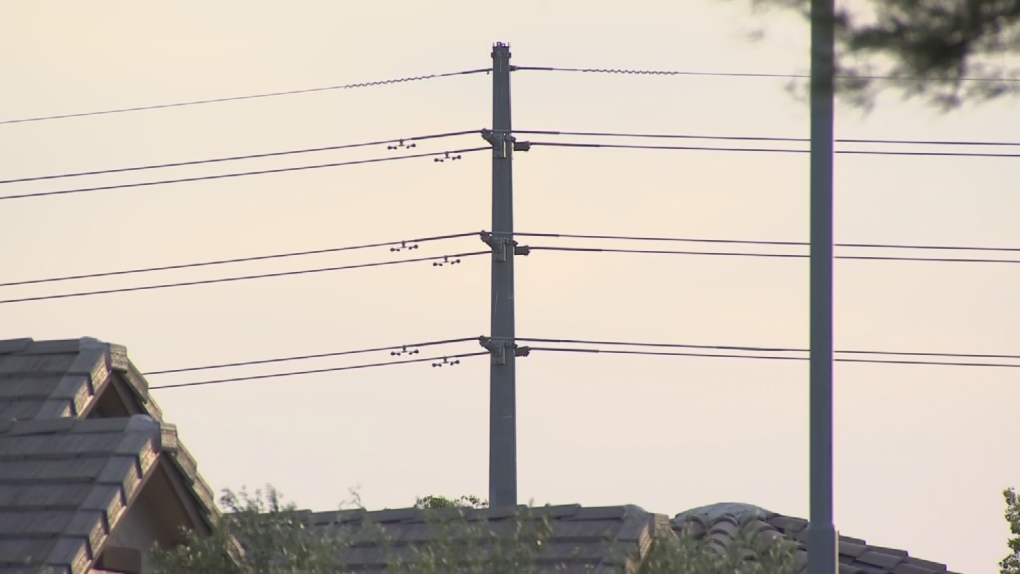 SRP has been working on a plan to boost the electricity supply for the Price Road Corridor but some residents don't want more power lines. (Source: 3TV/CBS 5)