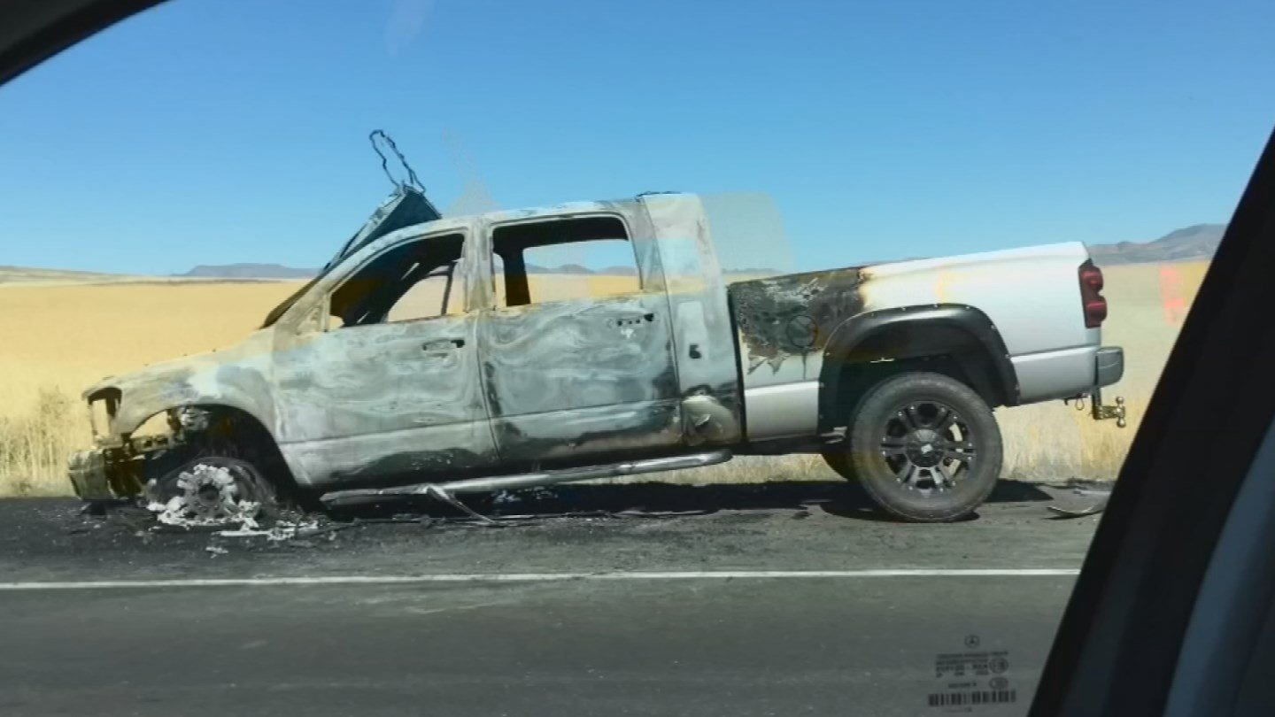 A fire involving a truck caused traffic to snarl on the I-17 near Black Canyon City on Friday. (Source: 3TV/CBS 5)
