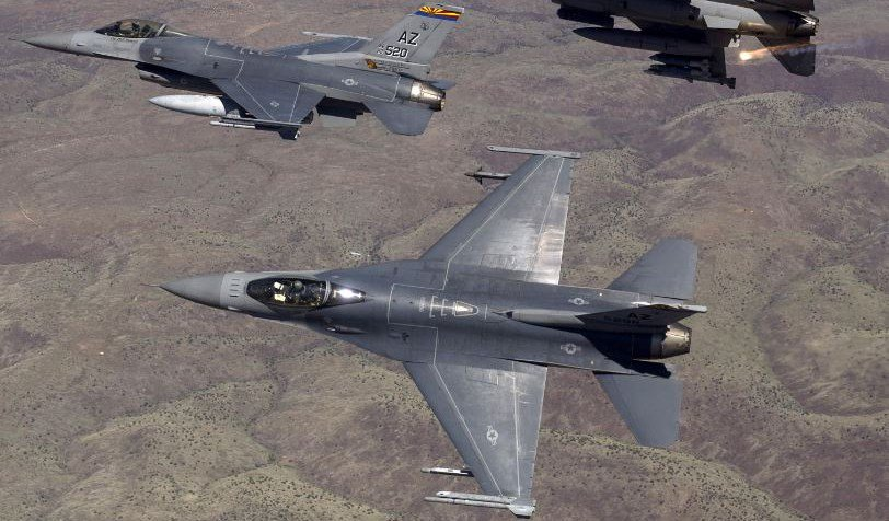 F-16 Fighting Falcons from the Arizona Air National Guard's 162nd Wing fly over an eastern Arizona training range in 2015. (Source: U.S. Air Force)