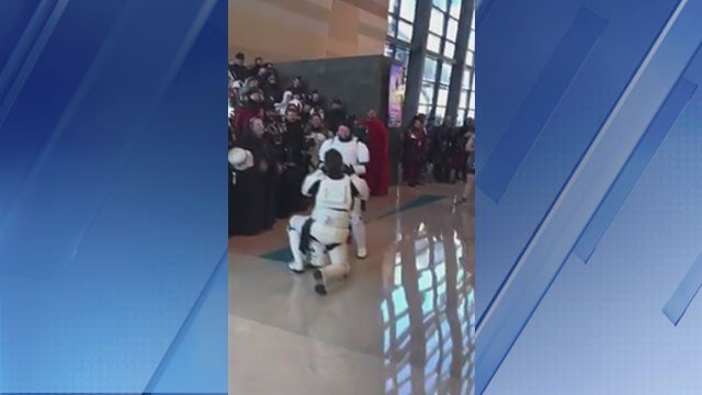 Two Imperial Stormtroopers got engaged at Phoenix Comicon on Saturday. (Source: 3TV/CBS 5)