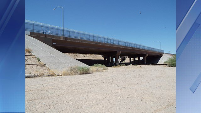 The overpass in Gila Bend. (Source: Marine 69-71 via wikimedia.org)