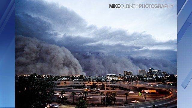 Phoenix Haboob July 5, 2011. (Source: Mike Olbinski Photography)