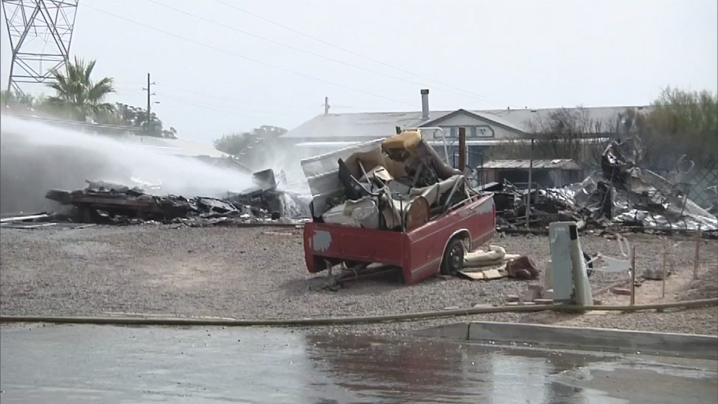 A Mesa mobile home went up in flames Tuesday morning. (Source: 3TV/CBS 5)