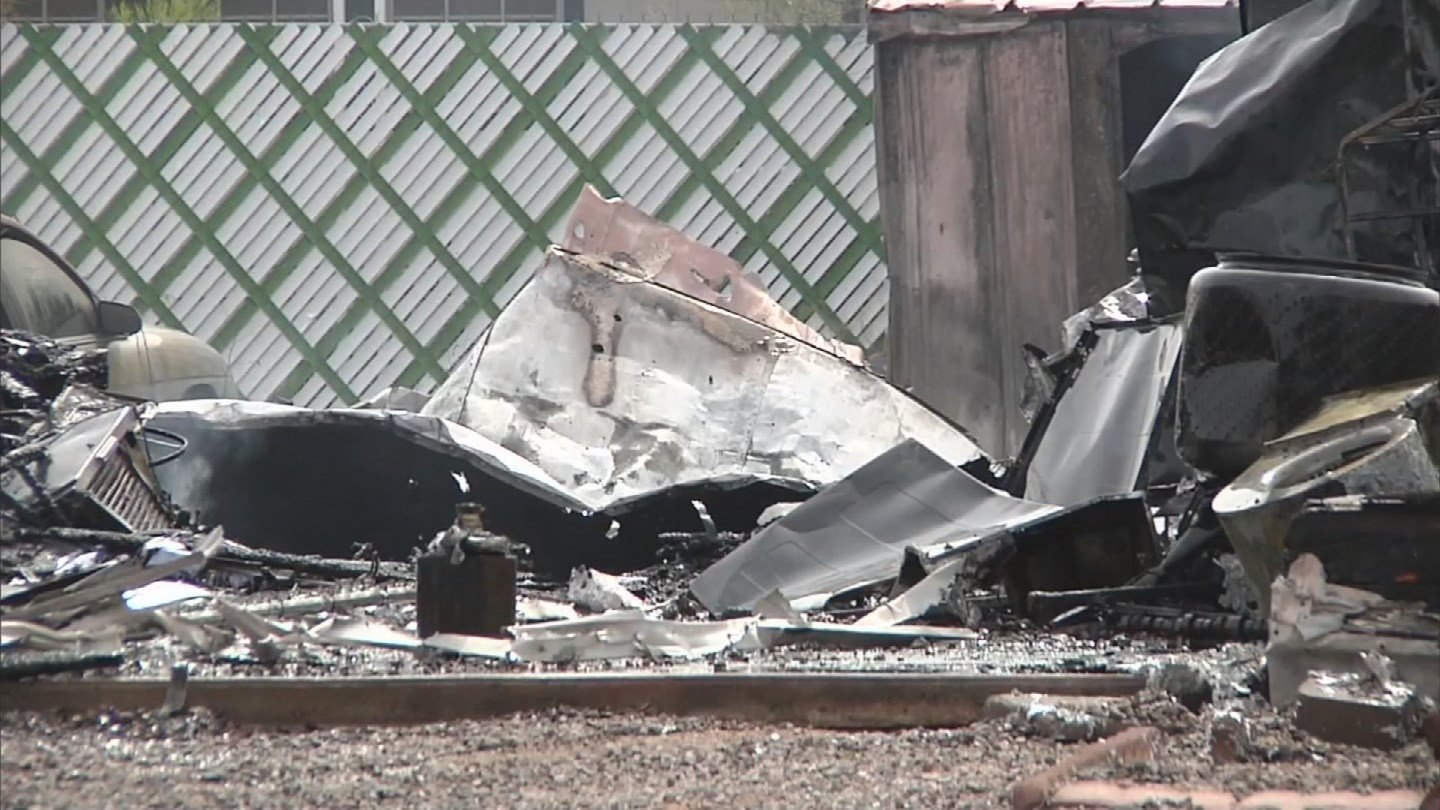 Luckily, everyone inside got out in time and no one was injured. (Source: 3TV/CBS 5)