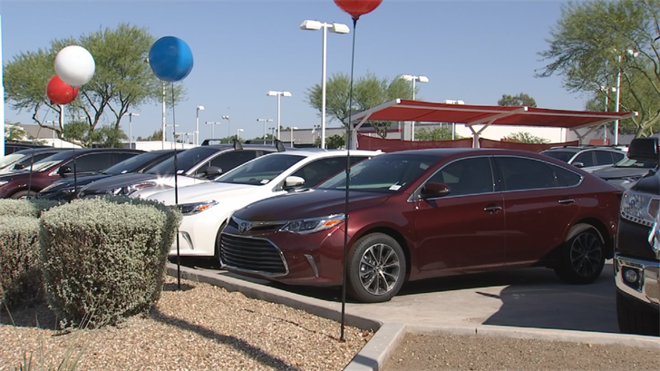 Car dealers will tell youany timeis a good time to buy a carand now there may actually be some proof. (Source: 3TV/CBS 5)