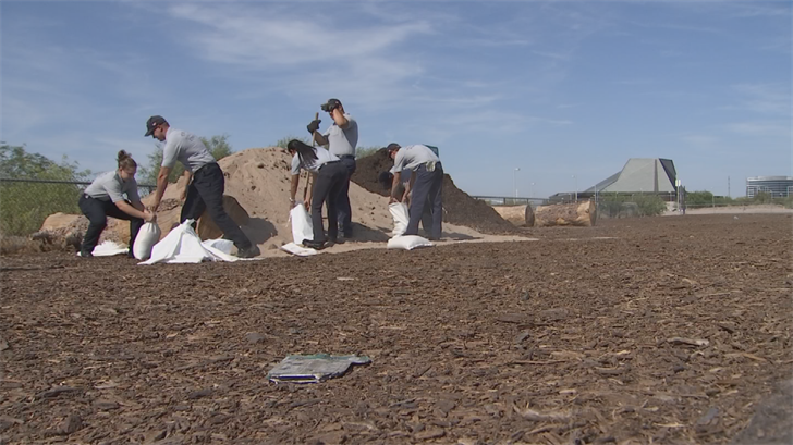 The City of Tempe was handing out sandbags on Tuesday. (Source: 3TV/CBS 5)
