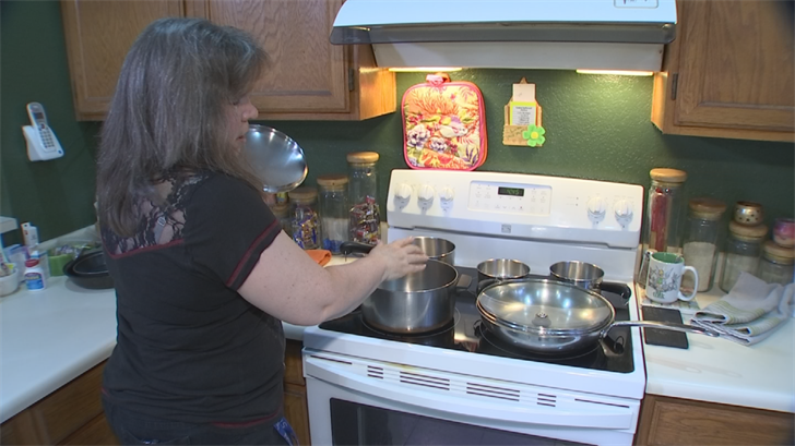 Dunham says she was even told the cracking was due to the wrong types of pots and pans used on the stove top, even though they were the ones recommended by Kenmore. (Source: 3TV/CBS 5)