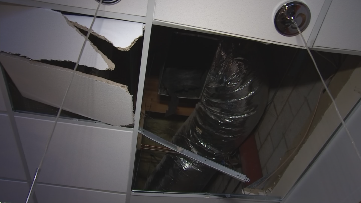 A burglar got into an Ahwatukee restaurant by going through the roof. (Source: 3TV/CBS 5)