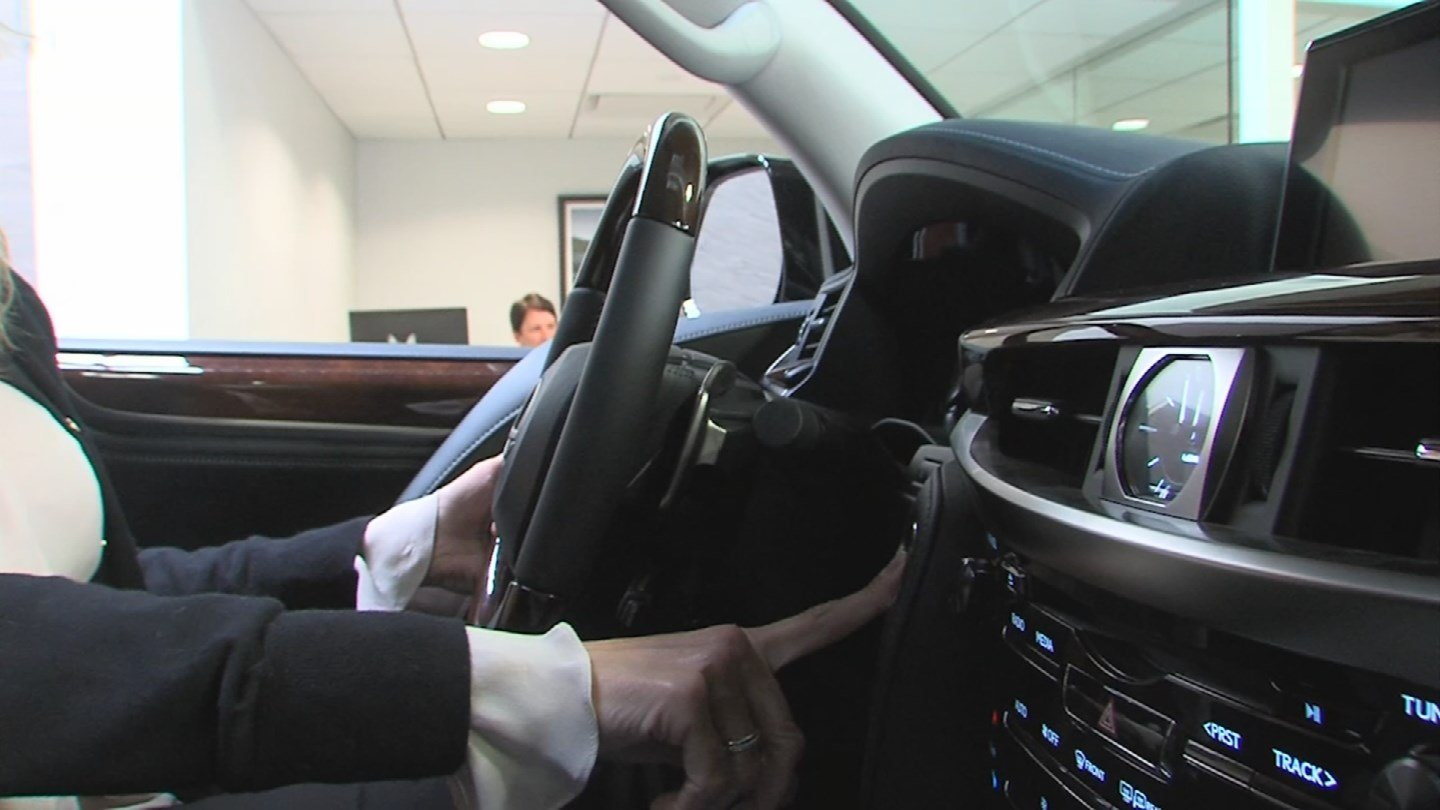 Some car owners say they aren't in love with the high-tech features in their cars. (Source: 3TV/CBS 5)