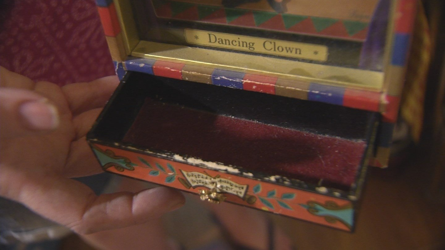 The burglary happened the day after Thompson's mother died. The burglars took her mother's jewelry. Thompson said many of the pieces of jewelry are irreplaceable. (Source: 3TV/CBS 5)