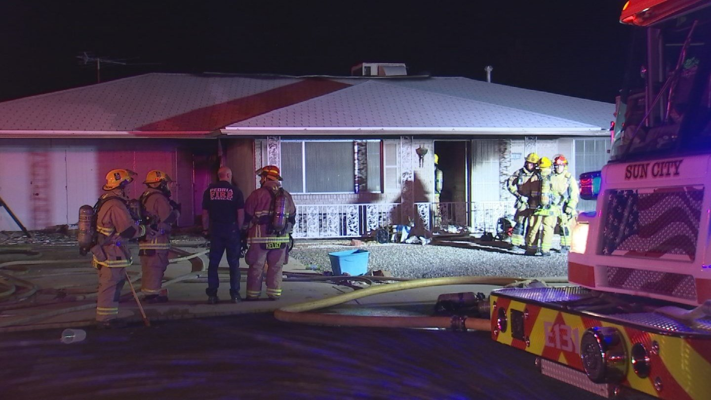 An elderly couple in their 70s escaped a house fire late Wednesday night. (Source: 3TV/CBS 5)