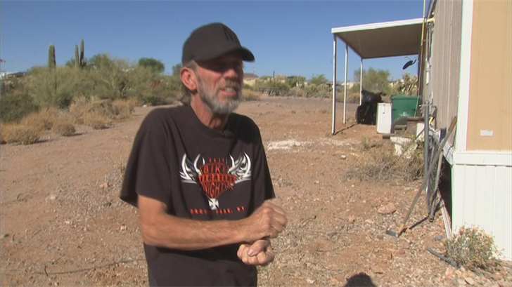 Dan Randall said he was attacked by three men he tried to help. (Source: 3TV/CBS 5)