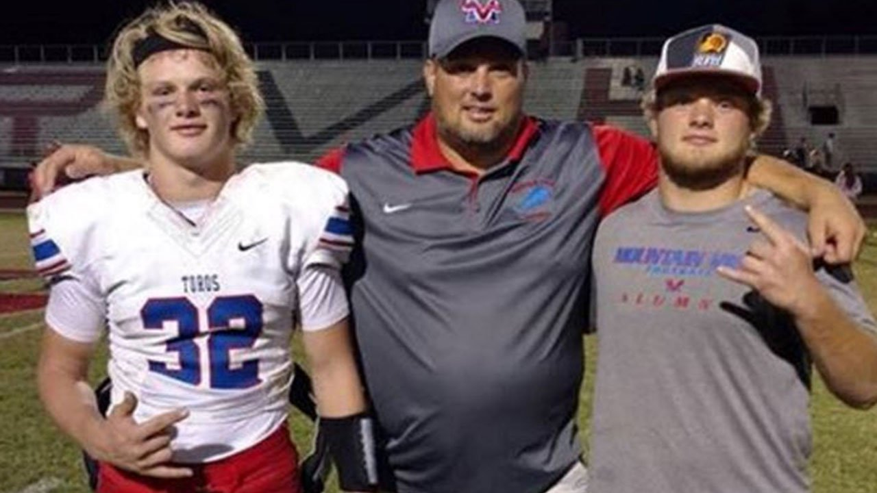 Mountain View HS freshman football coach Crys Hollen collapsed on the field last week (Source: You Caring)