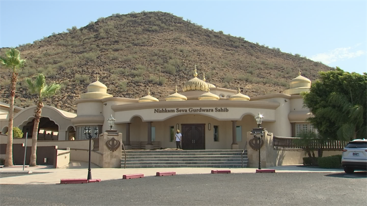 Members of the local Sikh community held an open house Sunday in Glendale. (Source: 3TV/CBS 5)