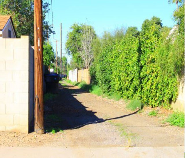 Phoenix officials have a pilot program to close alleys from access. (26 June 2017) [Source: City of Phoenix]