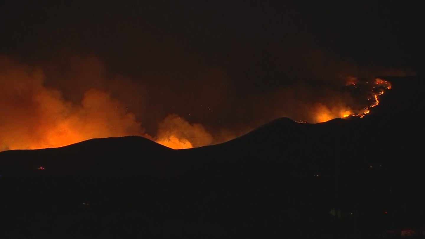 The Goodwin Fire has grown by more than 13,000 acres on Tuesday. (Source: 3TV/CBS 5)