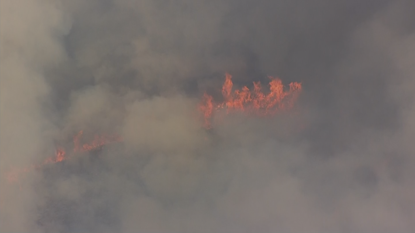 The Goodwin Fire has burned thousands of acres since it started on Saturday. (Source: 3TV/CBS 5)