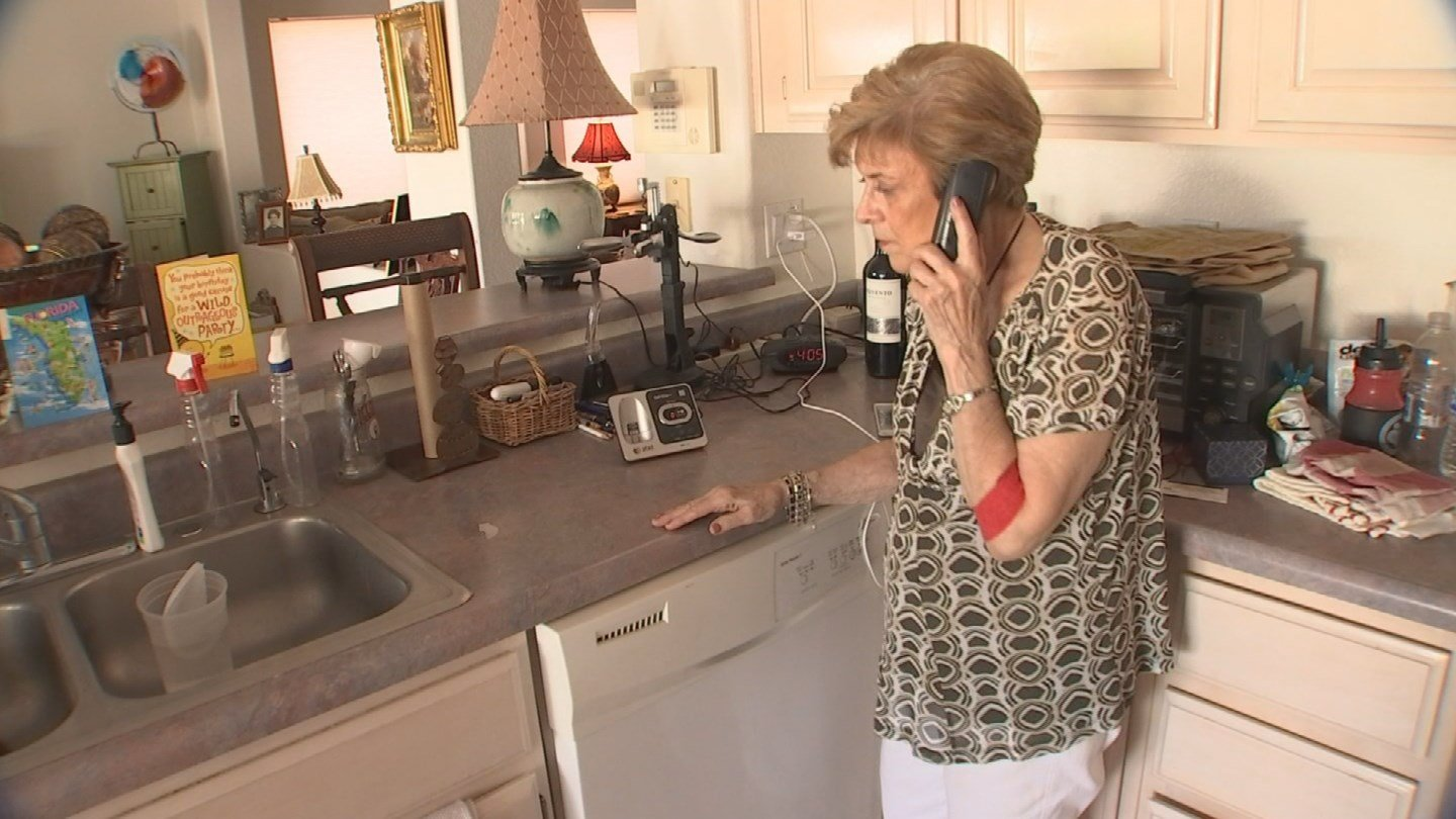 "If you are on the ""Do Not Call Registry"" and you're still getting those annoying robocalls, you're not alone. (Source: 3TV/CBS 5)"