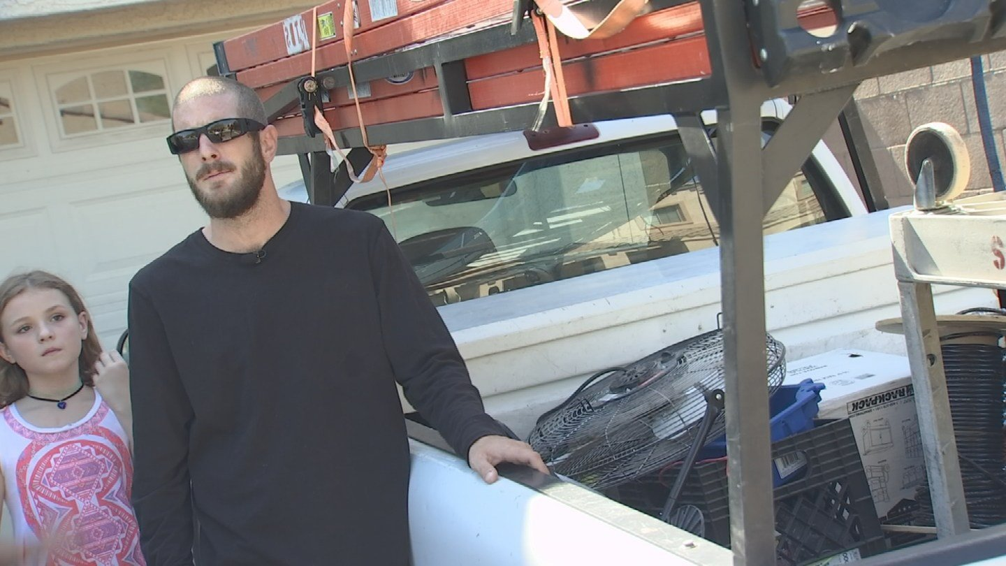 """""""It's been an ongoing problem. The neighbors' cars have been broken intoand homes burglarized,"""" said Mark Trezise. (Source: 3TV/CBS 5)"""