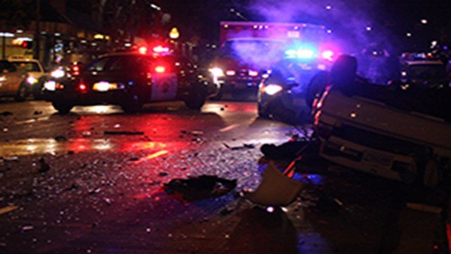 A new report from ADOT shows that traffic accidents and subsequent injuries and deaths all rose last year- the sixth year of increases – causing damages in the billions of dollars. (Source: Nathan Rupert/Creative Commons)