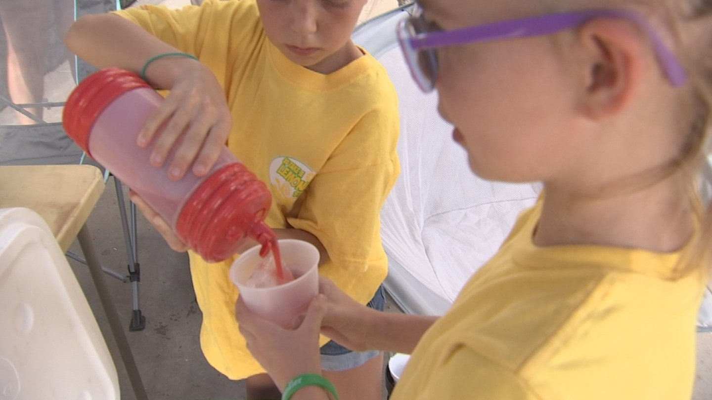 Some young girls served lemonade in Chandler Saturday to raise money for children battling cancer. (Source: 3TV/CBS 5)