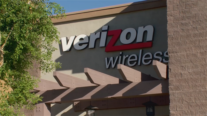 Moses says he called Verizon to complain but says they wouldn't do anything. (Source: 3TV/CBS 5)