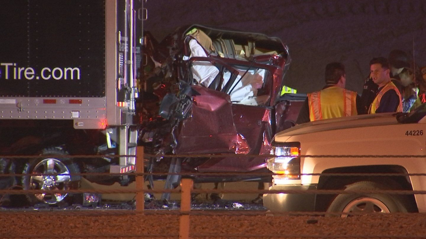 A fatal accident has closed the westbound lanes on I-10 at 51st Avenue. (Source: 3TV/CBS 5)