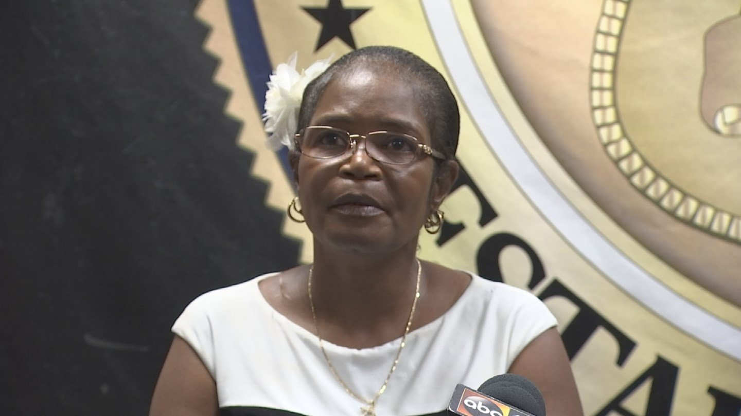Carolyn Riley, Job Dennis' mother (Source: 3TV/CBS 5)