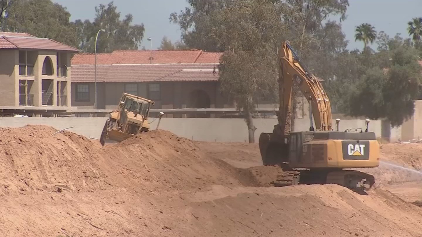 ADOT says once complete, this freeway will offer much-needed traffic relief as an alternative to Interstate 10 linking the East and West Valleys. (Source: 3TV/CBS 5)