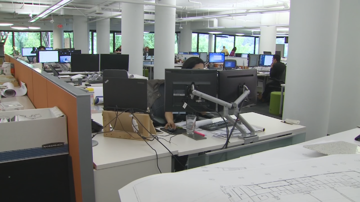 More than 70 percent of American workers now work in open office spaces. If you can see everyone around you when you sit down to get the job done, you know it can increase collaboration, but there can also be challenges. (Source: 3TV/CBS 5)