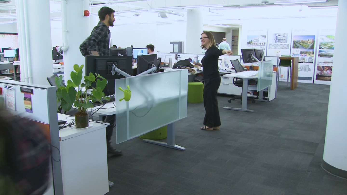 """Leigh Stringer helps design office space for a living.She says, """"visual noise"""" can be caused by things like bright walls, busy pictures, knickknacks or clutter on your co-workers' desks, even your co-workers themselves. (Source: 3TV/CBS 5)"""