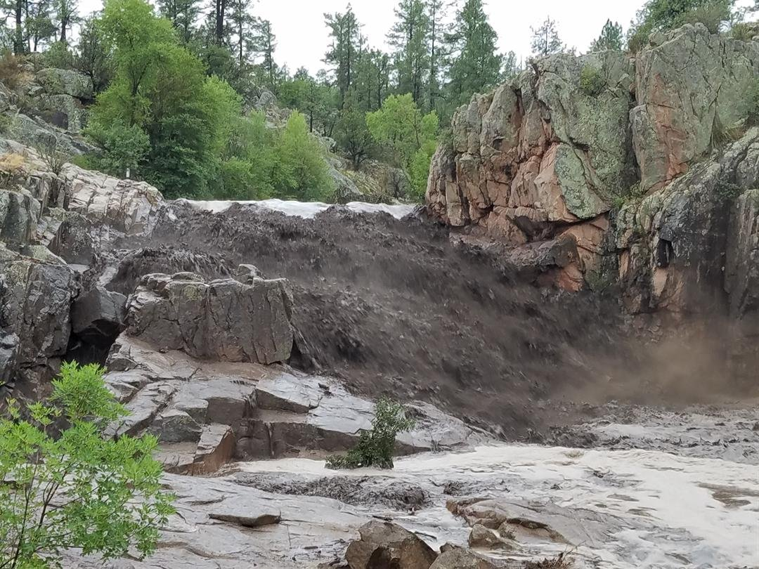 A flash flood swept through a swimming hole near Payson Saturday afternoon (Source: Photo courtesy of Amy Lloyd)