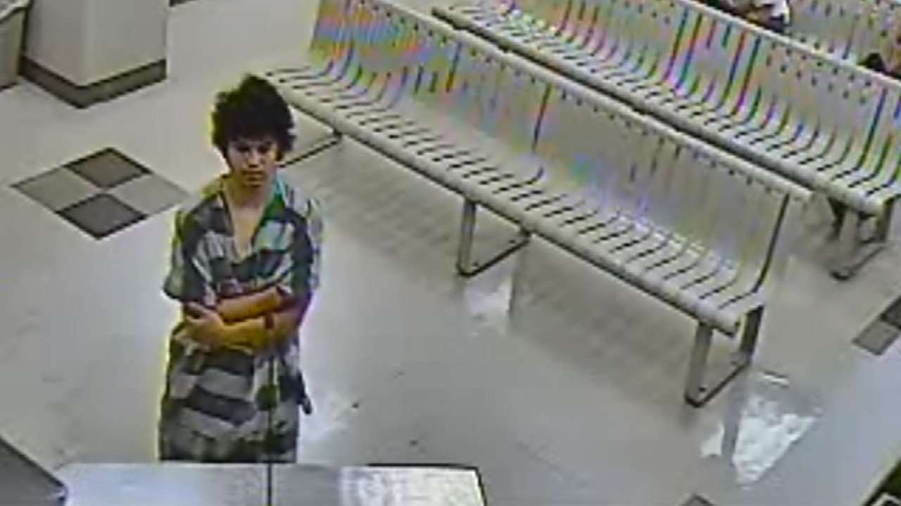 Ignacio C. Estrada, 18, at his initial court appearance. (Source: Maricopa County Superior Court)