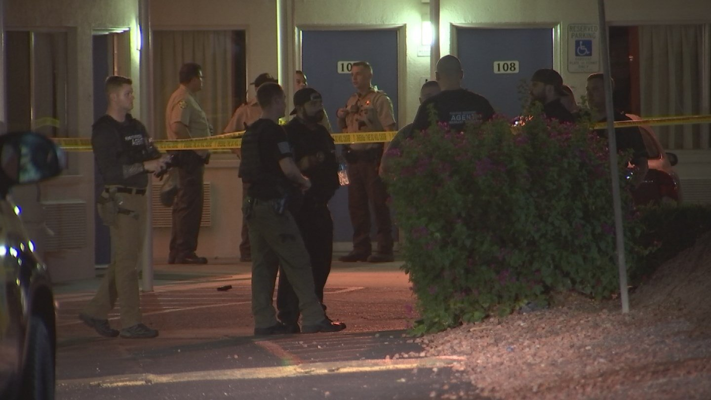 Less-lethal weapons were used by bondsmen while attempting to detain a suspect, according to the Maricopa County Sheriff's Office. (Source: 3TV/CBS 5)