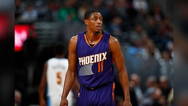 Phoenix Suns guard Brandon Knight (11) in the second half of an NBA basketball game Thursday, Jan. 26, 2017, in Denver. (AP Photo/David Zalubowski)
