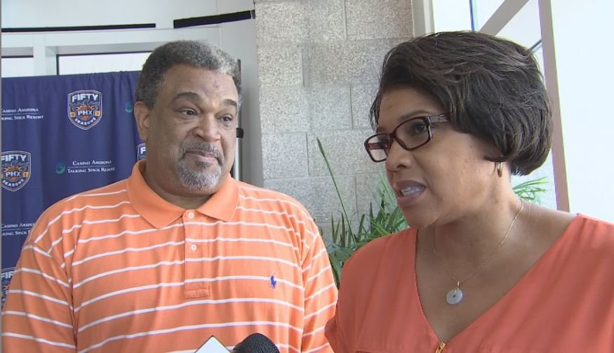 Jeri and Cody Williams discuss their son's path back home to Phoenix. (Source: 3TV/CBS 5)