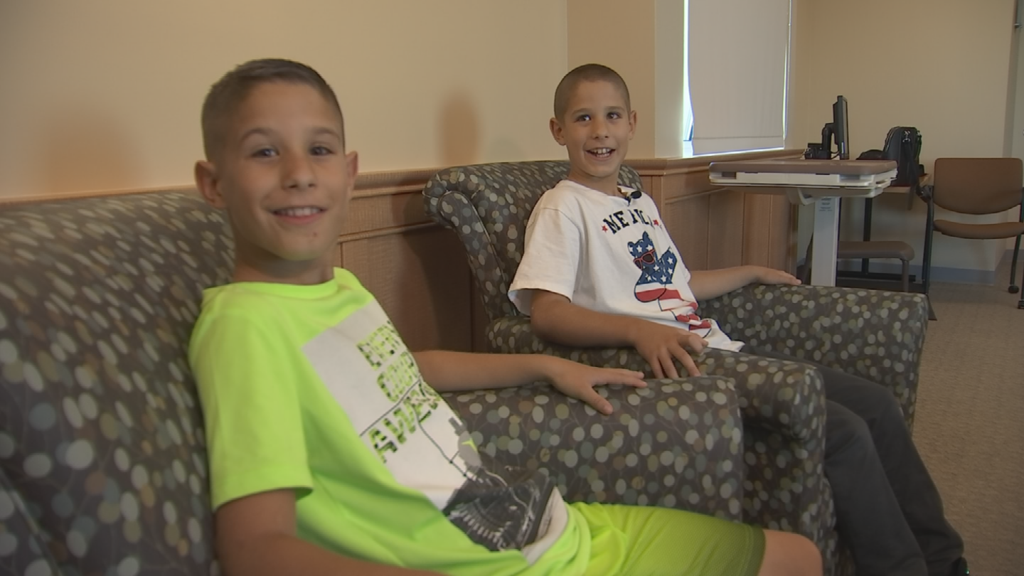 Laura Cooper's  9-year-old twin boys both have asthma. (Source: 3TV/CBS 5)