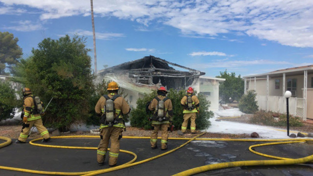 Mobile home fire near 26th Ave. & Union Hills (Source: 3TV/CBS 5)